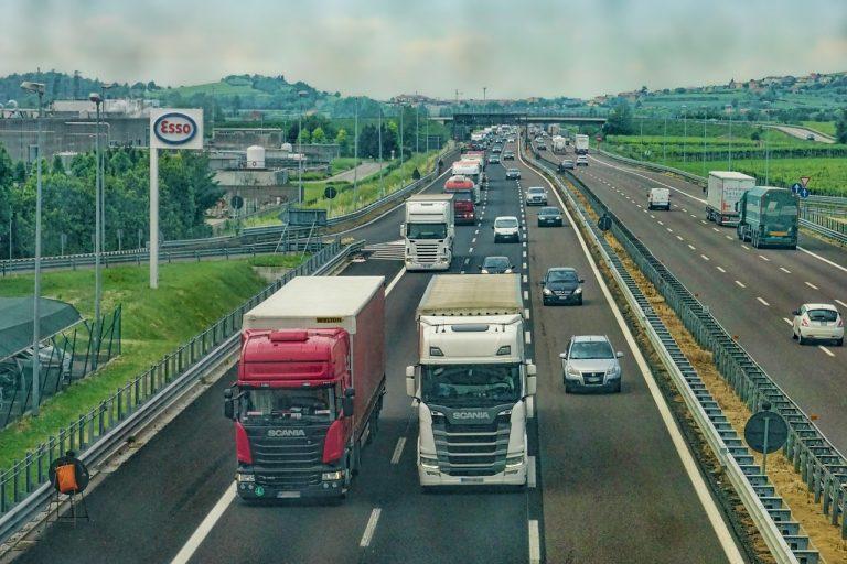 Хиляди нарушения след проверки на камиони и автобуси