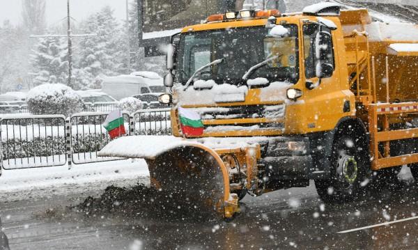 8 дни сняг ще струват над 500 000 лева на пловдивчани